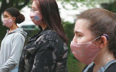 Masken selbst gestaltet und bedruckt
