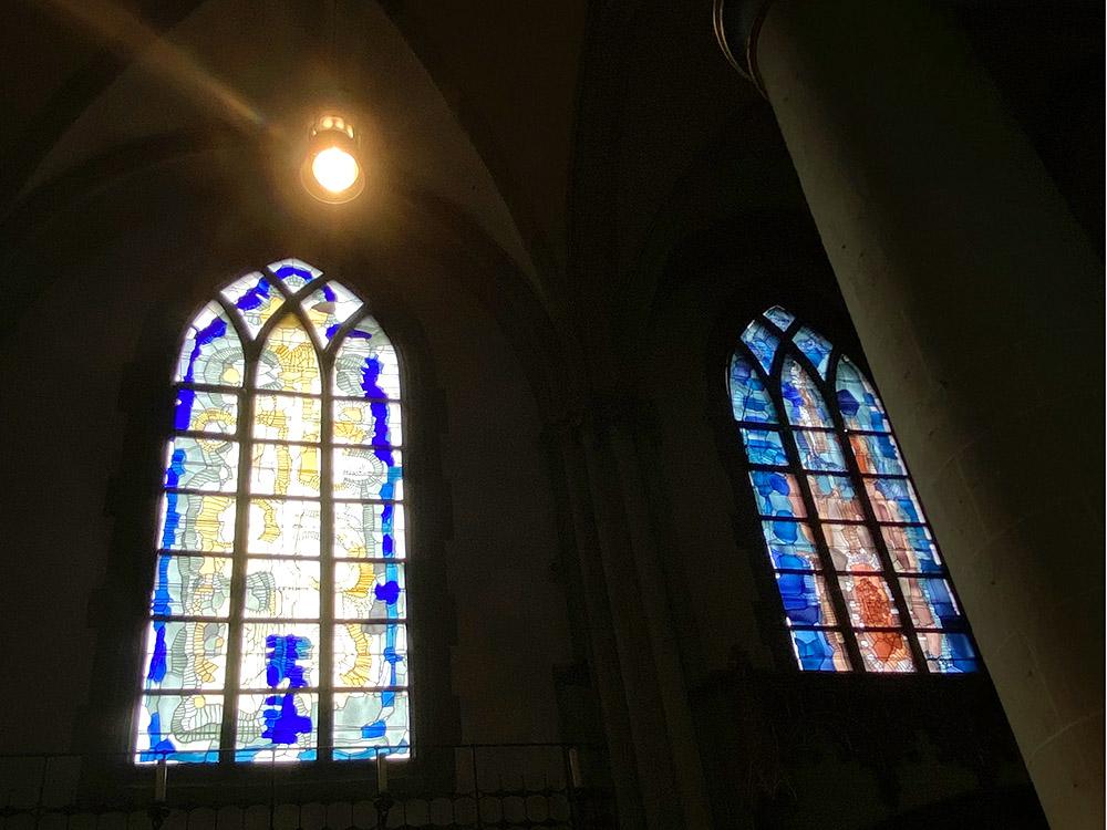 RWB Essen - Besuch des Essener Doms - Kirchenfenster von innen