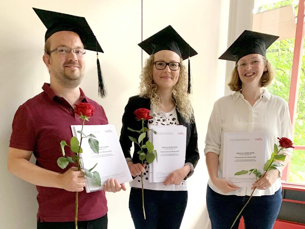 RWB Essen - Bachelor Professional in Wirtschaft -  Abschlussfeier 2021 - Die Staatlich geprüften Betriebswirte dürfen jetzt auch die Berufsbezeichnung Bachelor Professional in Wirtschaft führen.
